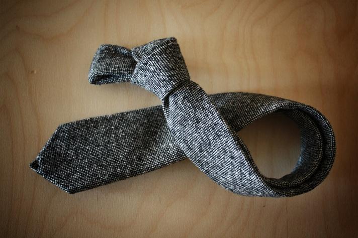 Grey-donegal-tweed-tie