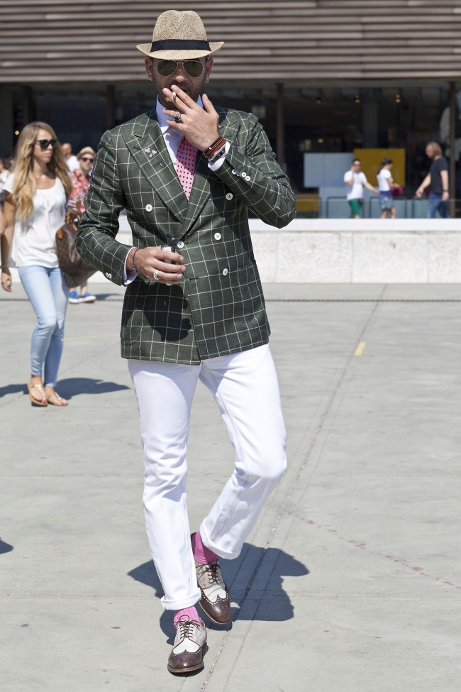 hat-and-windowpane-pitti-uomo-menswear-style-jacket-double-breasted-650x975