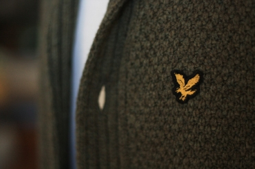cardigan---logo-close-up