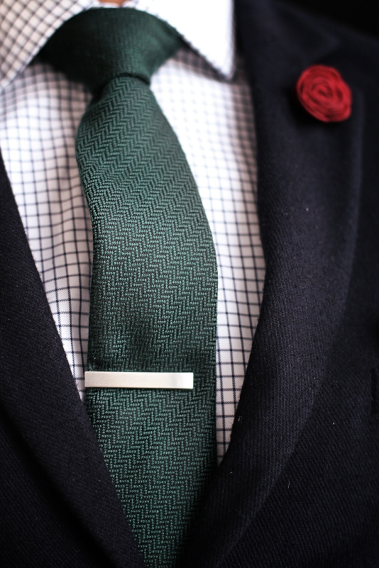 tie-close-up