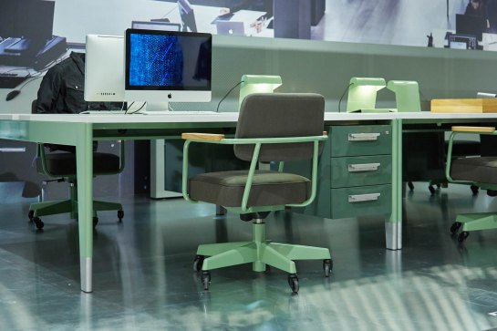 vitra-and-g-star-raws-jean-prouve-inspired-office-furniture-installation-9
